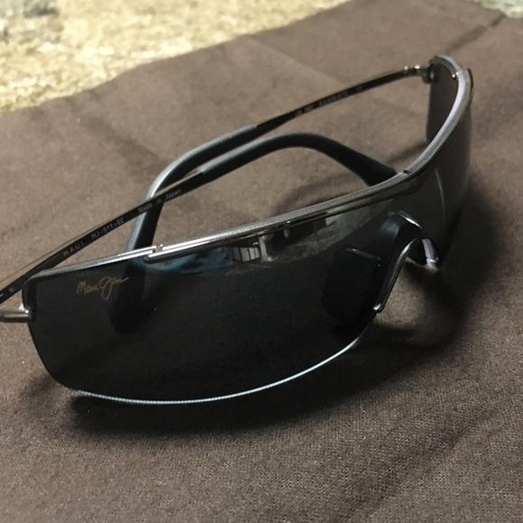955c5715b07 Men's Shield Maui Jim Sunglasses. M_5a4c293c9a9455564b002229